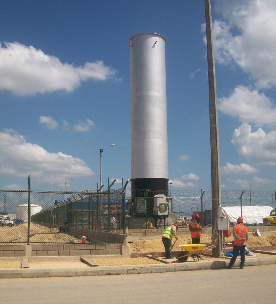 Evaluación de riesgos por generación de gases contaminantes en un sistema de control de hidrocarburos